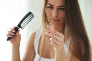 causas de la caída excesiva del cabello