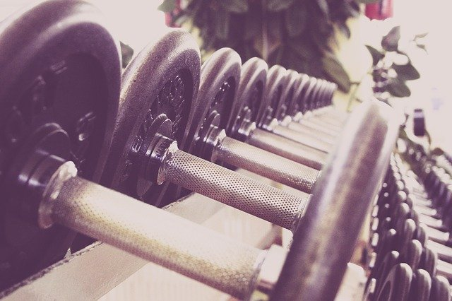 Is it good to lift weight to lose weight?